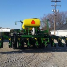 400x224_q75_t_jr 12 row planter 5
